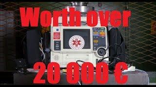 Crushing Defibrillator with Hydraulic Press