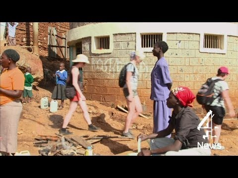 On tour with the slum tourists in Kenya
