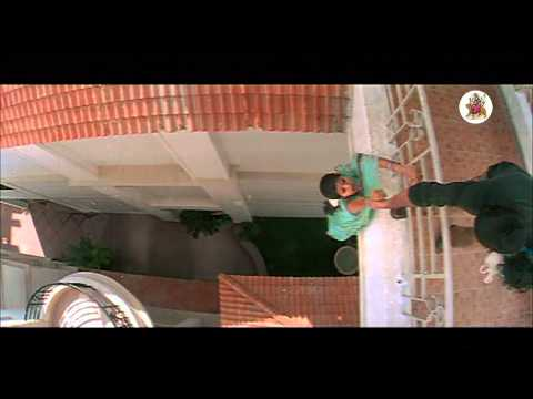 Evandoi Srivaru Movie - Sneha, Srikanth Emotional Scene video