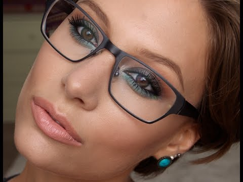 Makeup For Glasses Metallic