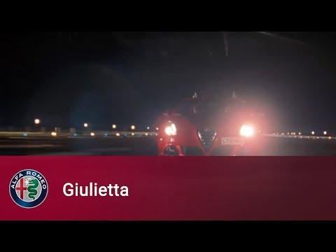 Alfa Romeo Giulietta в Форсаж-6. Часть 1