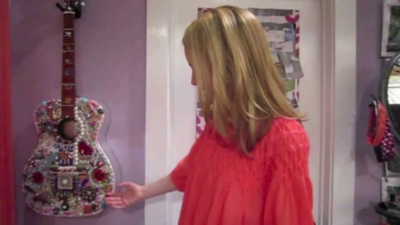 exclusive bridgit mendler gives us a tour of her room