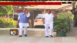 Congress MLAs Komati Reddy and Sampath Meet Election Commission  - netivaarthalu.com