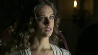Queen Isabella's marriage problems after her coronation (Isabel s02e01)