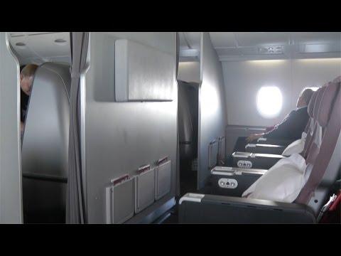 A380 Premium Economy Class Qantas QF1: Sydney to Singapore
