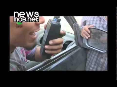 Libya - Rebels talk over captured radio