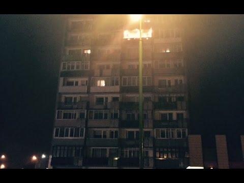 Gaisras. Naktį Klaipėdoje liepsnojo daugiaaukštis, žuvo žmogus