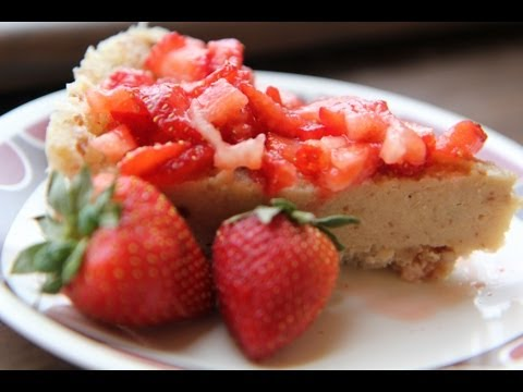 Cashew Strawberry Cheesecake Recipe &#8211; Raw Vegan Valentine&#8217;s Day Dessert
