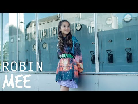 ROBIN – MEE ✨[OFFICIAL MUSIC VIDEO]   JUNIOR SONGFESTIVAL 2020