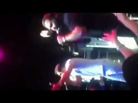Farzin&maziar In Atish Cruise June 2012 - Dooset Daram video
