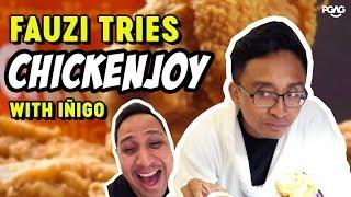 Singaporean tries Jollibee Chickenjoy in Manila