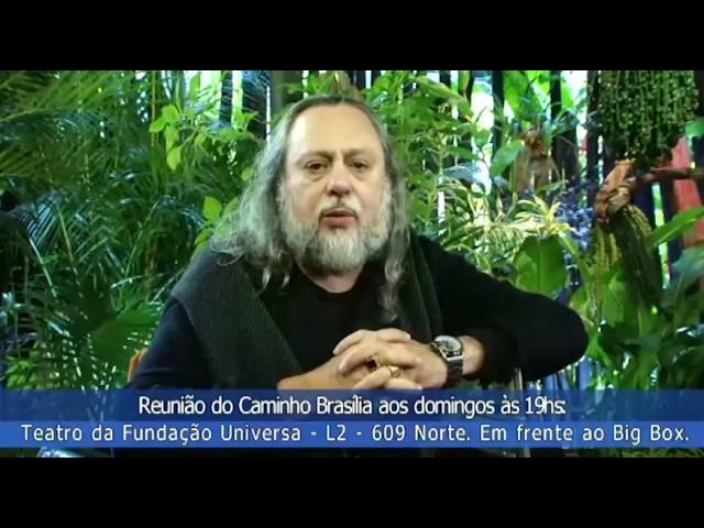 Convite do Caio: Domingo estarei no Universa. Os de Brasília, venham! Os distantes, assistam online!