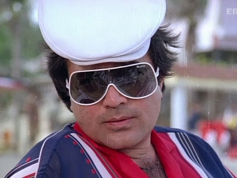Rajnikanth Tries To Kill Rajesh Khanna - Bewafai