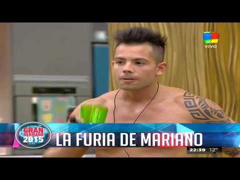 Mariano hizo una protesta naked y explicó el por qué de su ira