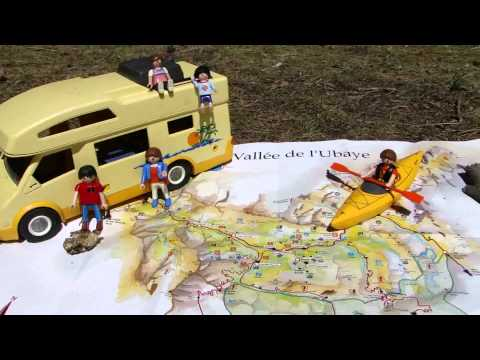 Playmobil camping car youtube for Piscine playmobil