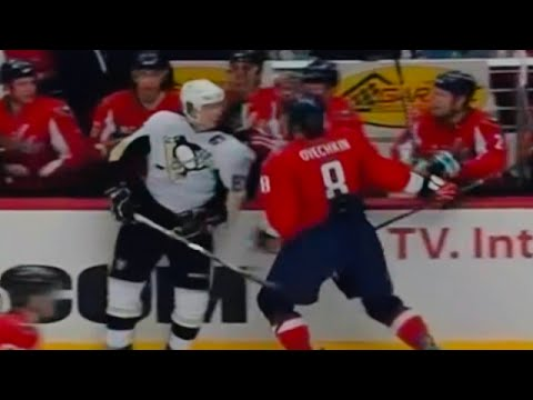 Alexander Ovechkin vs Sidney Crosby [Feb 22nd, 2009] Video