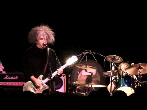 Melvins play Houdini at the Showbox in Seattle, Wa on 5-23-09.  Full Set in HD