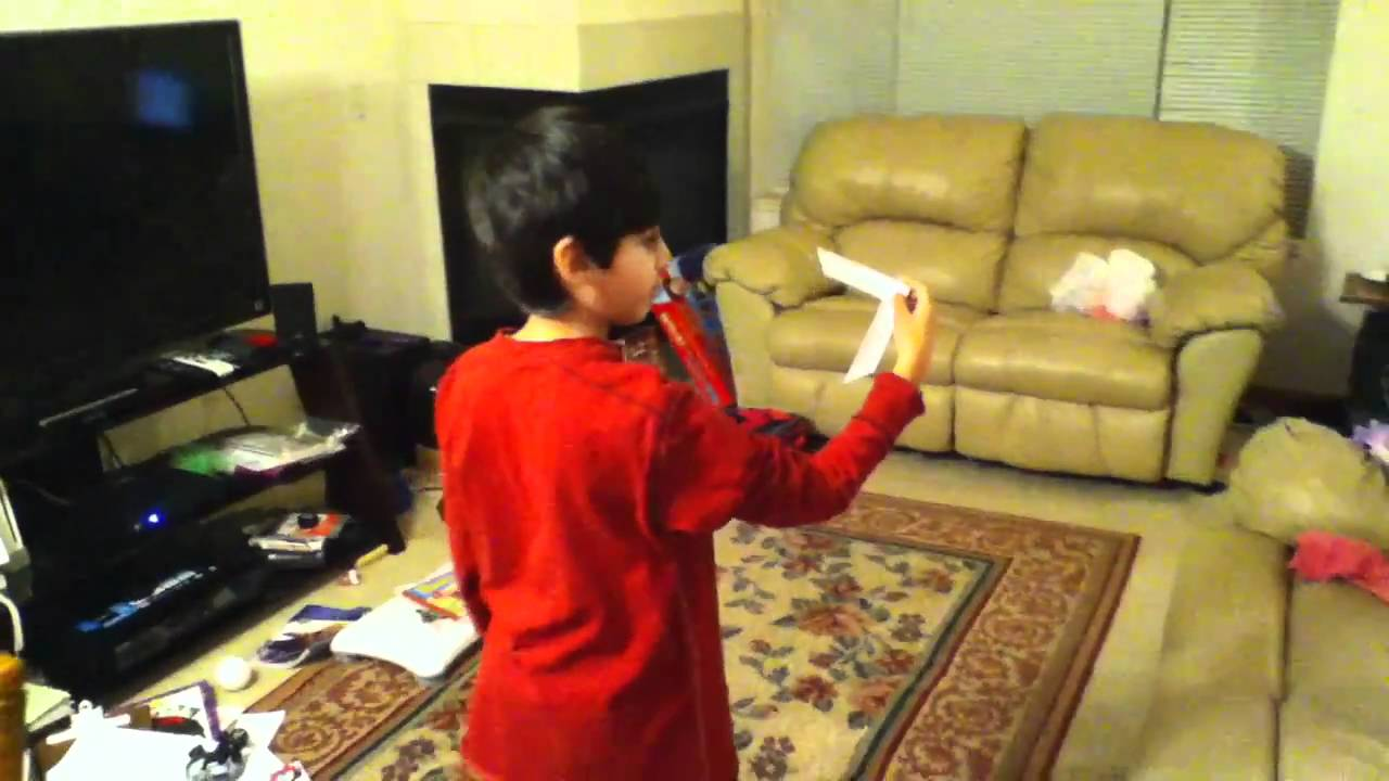 how to throw an origami boomerang youtube