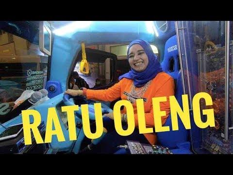 Kisah Ratu Oleng: Janda Cantik Hidupi 8 Anak | Otomotifmagz.com