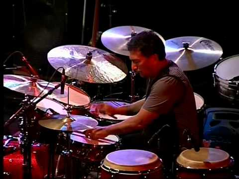 ACUNA/HOFF/MATHISEN, Alex Acuna playing a drumsolo on his own tune