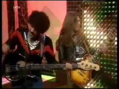 Thumbnail of video Greedies (Sex Pistols & Thin Lizzy) - A Merry Jingle TOTP2