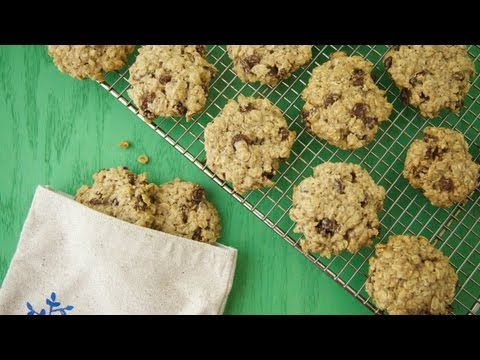 Gluten Free Vegan Oat Cookies: Meatless Monday Earth Day Recipe – Weelicious