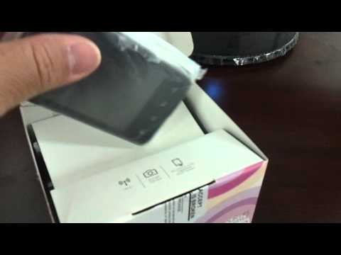 LG E720 OPTIMUS CHIC Unboxing Video - Phone in Stock at www.welectronics.com