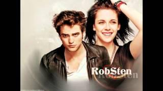 Robert Pattinson and Cristen Stewart