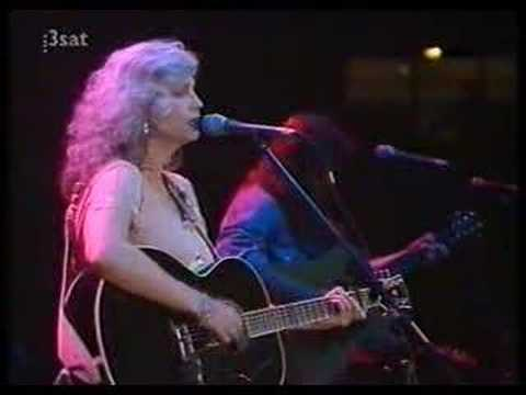 Emmylou Harris - The Boxer
