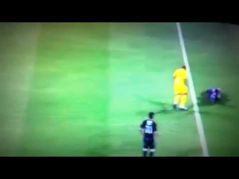 FIFA 12| PEPE ATTACKS  INJURED PLAYER
