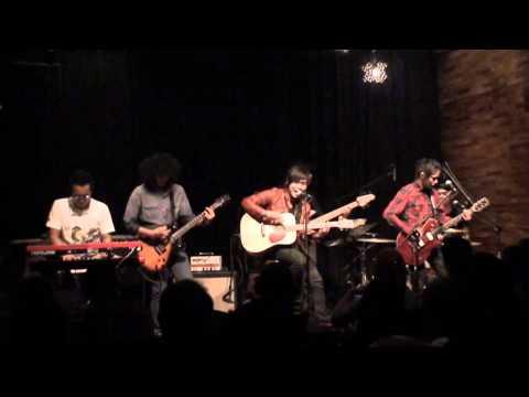 Awi Rafael - Asalkan Aku OK! LIVE at No Black Tie