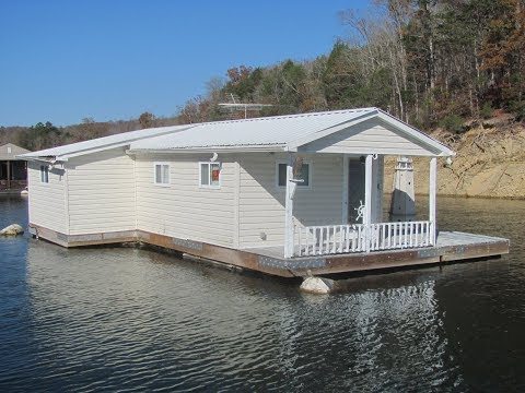 450sqft Floating Cottage For Sale on Norris Lake TN