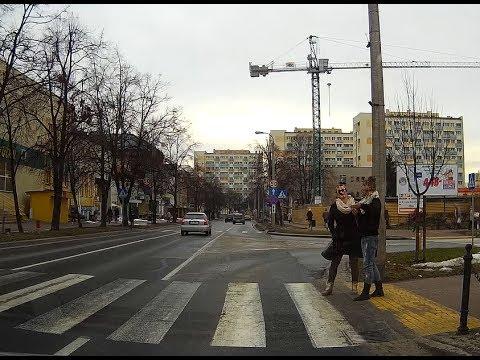 Niebezpieczne przejścia dla pieszych w Puławach Omijanie pojazdów puszczających pieszych