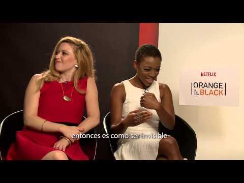 Natasha Lyonne y Samira Wiley de Orange is the new black