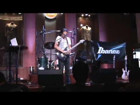 [07-18-2010] Herman Li - Guitar Clinic Q&A (Part 1)