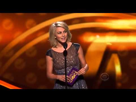 Jennifer Aniston wins People's Choice Awards 2012 - Favorite Comedic Actress
