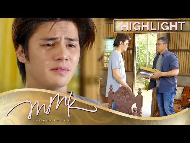 MMK: Paul receives his first gift before the game