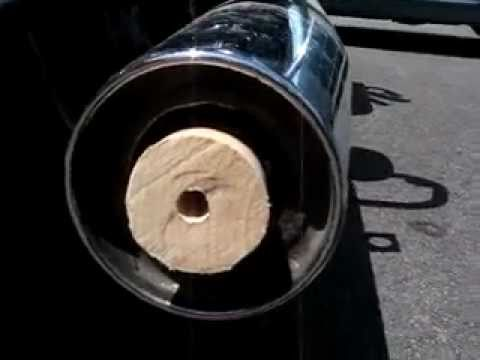 Kawasaki Vulcan Nomad 2007 Exhaust... take out baffles 2-videos