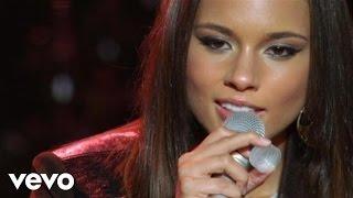 Alicia Keys - Try Sleeping With A Broken Heart (Live at NYU Yahoo Pepsi Smash)