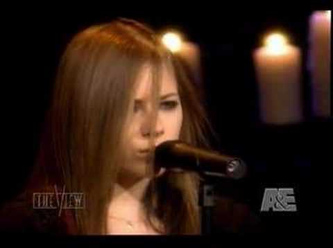 Avril Lavigne - I'm With You [LIVE!]