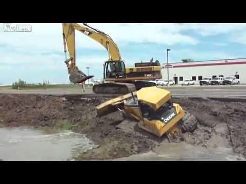 Impressionante a Força da Escavadeira
