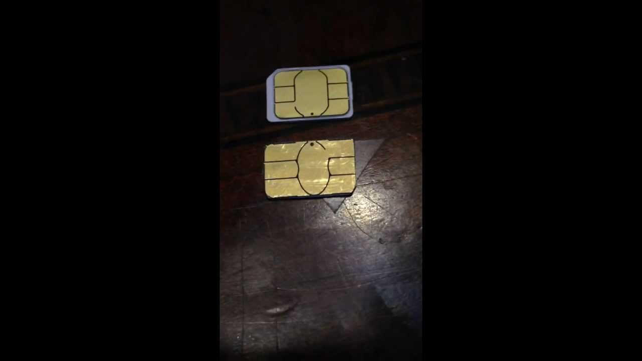 How to Get a SIM Card out of an iPhone pictures