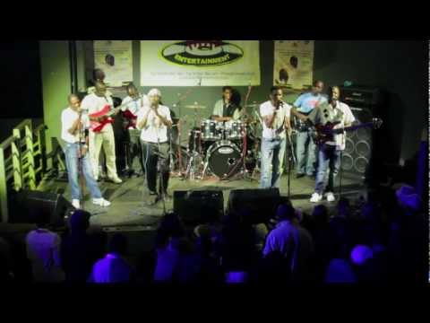 Alick Macheso-tafadzwa Live 2013 Uk video