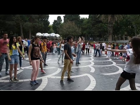 Happy Flashmob   FLASHMOB Azerbaijan