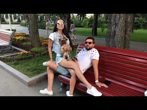 Охрана угрожает в Парке Горького