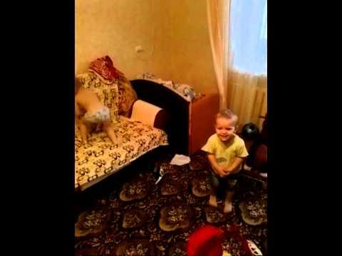 Дети ЖГУТ )) а им всего 2 года ) почти ))) Benni Benassi ))