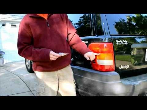 How to Replace a Jeep Grand Cherokee Turn Signal Light Bulb Indicator 1999 - 2004