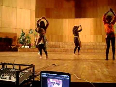 Kaliyon Ka chaman dance