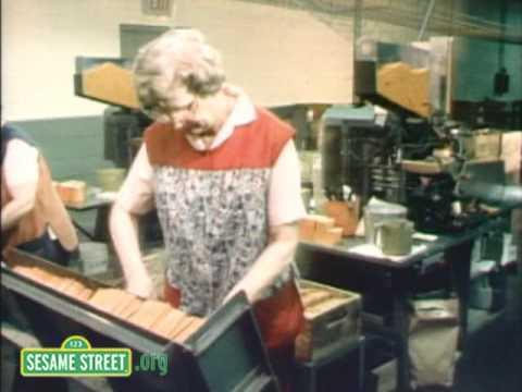 Sesame Street: Making Crayons