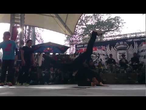 Top Coalition 10th Anniversary Bboy Battle - Hentai Breakers & Et(taiwan) Vs Mb Crew(korea).mp4 video